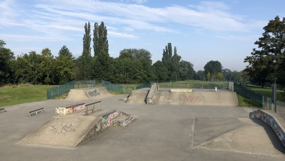 Borehamwood Skatepark (Aberford Park)