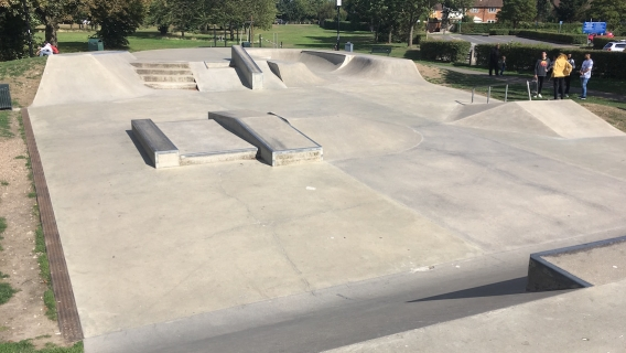 Gurnell Skatepark (Ealing)