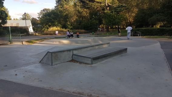Fulham Bishop's Park Skatepark