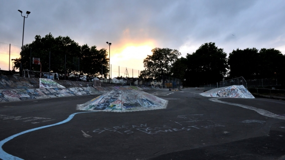Motion Ramp Park Skatepark