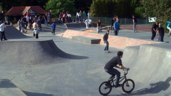 Easingwold Millfields Park Skatepark