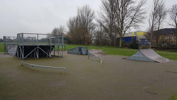 Hornchurch Sports Centre Skatepark