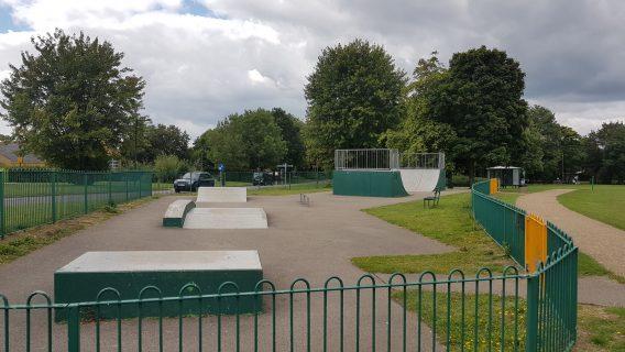 Oldbrook Skatepark (Milton Keynes)